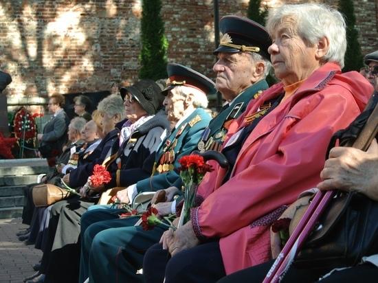 Курсанты Военной академии готовят чествование смоленского ветерана