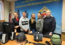 В Твери студентам показали, как работает транспортная полиция