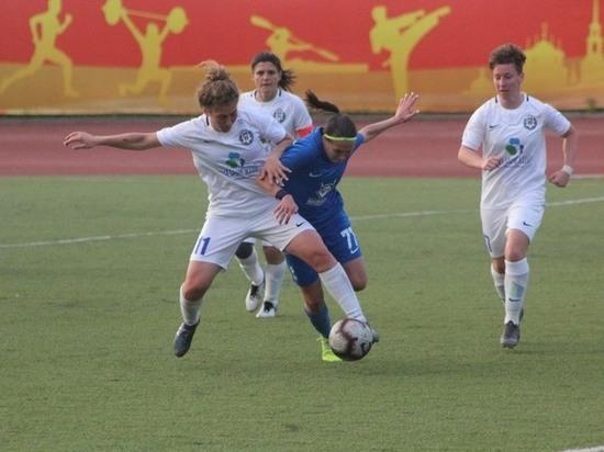 Звезды женского футбола будут тренироваться в Железноводске
