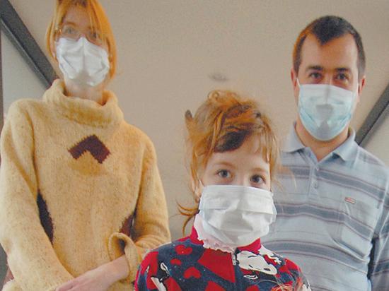 """Медики разъяснили, как правильно носить маски """"от коронавируса"""""""