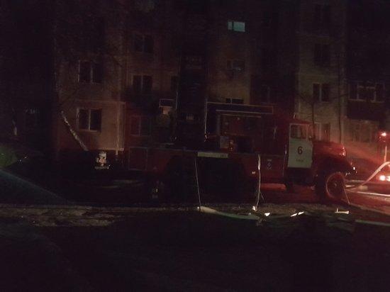 В Курске из горящей многоэтажки эвакуировали 19 человек