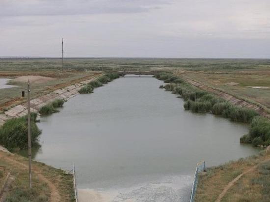 В Калмыкии обсудили вопросы обводнения республики