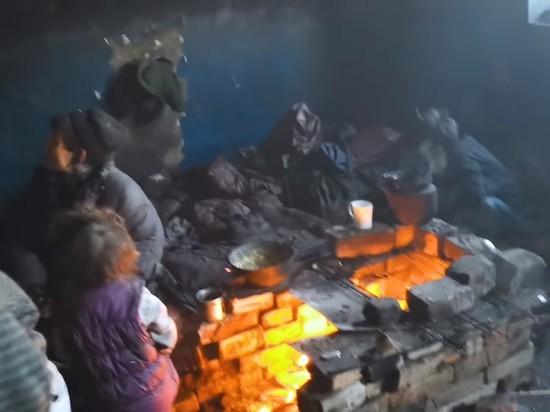 Отец с четырьмя детьми рассказал, как оказался в читинской «заброшке»