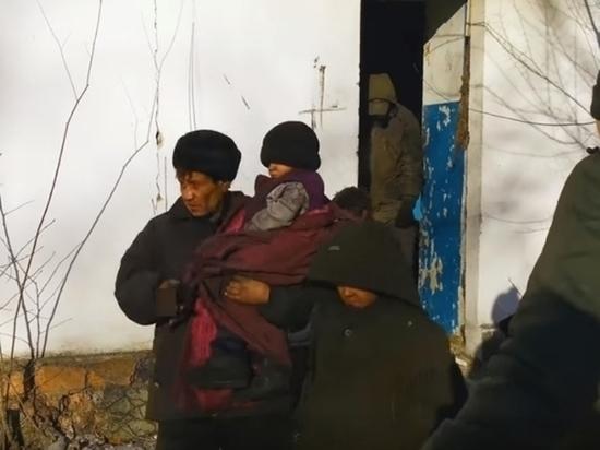 У бомжующей в Чите семьи из «заброшки» есть дом в Алек-Заводе