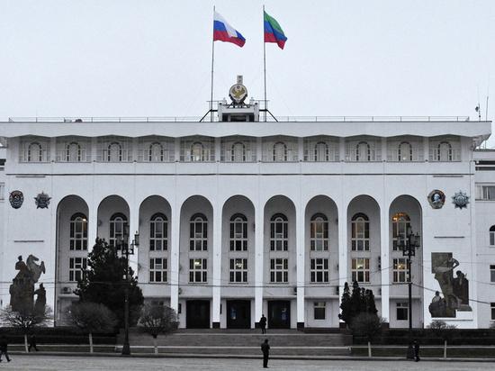 Два чиновника  Дагестана ушли с должностей