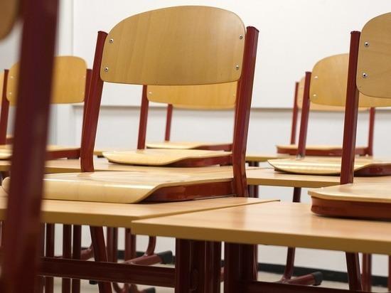 В Кирове в 8 школах и 3 детсадах ввели карантин