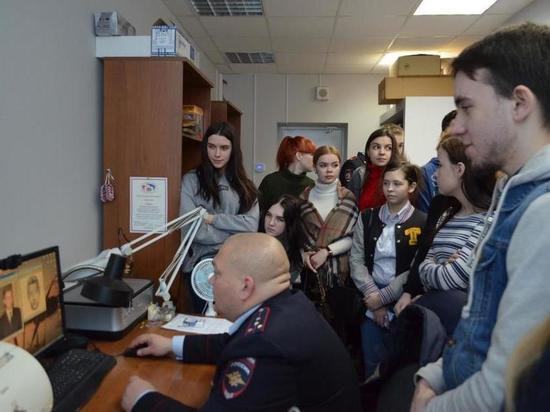 Ивановские студенты познакомились с работой экспертов-криминалистов