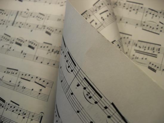 Квартирник во дворце: туляки услышат 18 непопулярных песен о любви