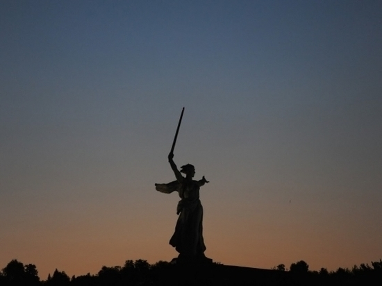 Ветеранов из Волгограда возмутило сравнение Мамаева кургана со свалкой