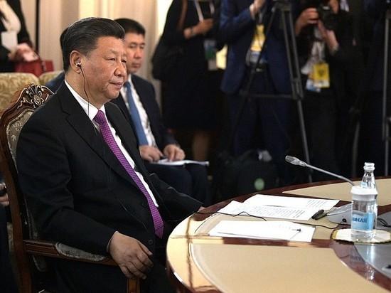 Си Цзиньпин заявил об ускорении распространения коронавируса