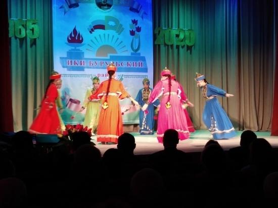 Ики-Бурульский район Калмыкии отметил юбилей