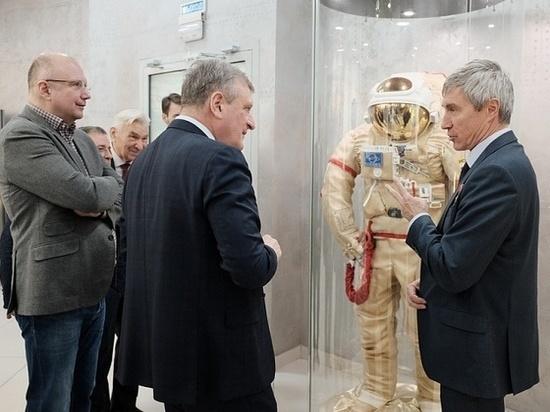 Школьники Кирова встретились с космонавтом Крикалёвым