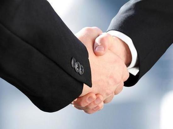 Фольксваген предостерегает сотрудников от рукопожатий