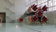 Рогозин заснял на видео сборку ракет-носителей