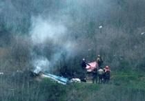Появилась первая информация об условиях катастрофы, в которой погибли знаменитый баскетболист Коби Брайант, его дочь и другие пассажиры. По данным СМИ, вертолет врезался в склон холма в южной Калифорнии, перед столкновением он пытался выполнить левый поворот на высоте около 2400 футов (около 730 метров). Густой туман мешал пилотам, а радарное сопровождение было невозможно из-за холмистой местности.