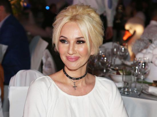 Кудрявцева раскрыла реакцию мужа на грудь без имплантов
