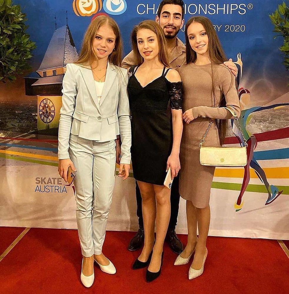 Парад победителей: Косторная, Трусова, Щербакова и другие пришли на бал ISU