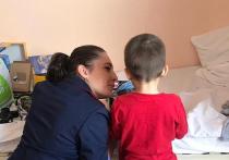 С детьми брошенными в Шереметьево, обошлись, как с животными