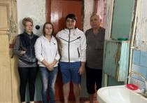 Жильцы Волгограда жалуются, что последствия пожара устраняли сами