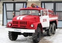 Добровольцы спасли от пожара целую улицу в Кузбассе