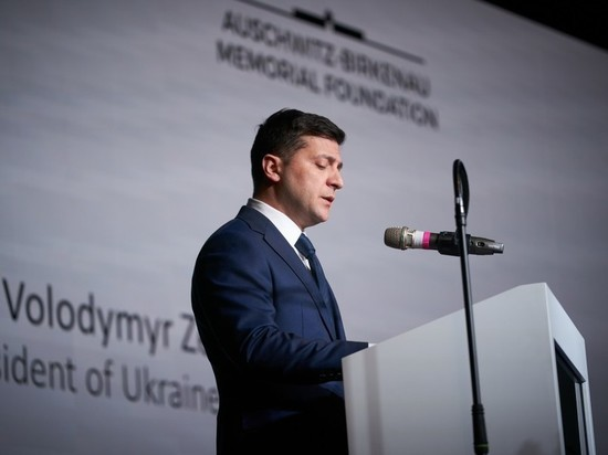 На Украине прокомментировали заявление Зеленского об ответственности СССР за Холокост