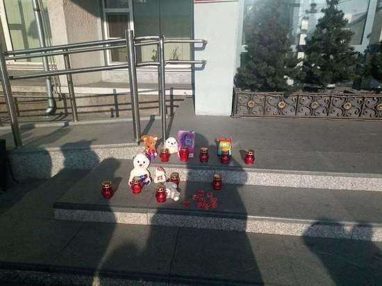 В Улан-Удэ прошла акция в память погибших в больницах младенцев