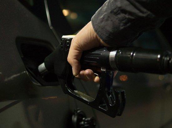 Названы простые способы распознать недолив бензина