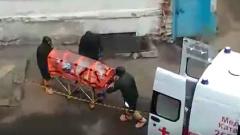 В Воронеже засняли госпитализацию заподозренных в заболевании коронавирусом