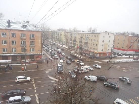"""В Твери """"скорая"""" попала в ДТП"""