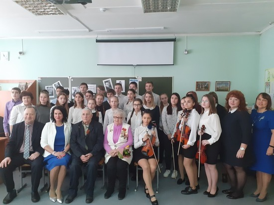 В Металлургическом районе отметили годовщину снятия блокады Ленинграда