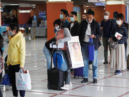 В российских вузах испугались китайских студентов, везущих с каникул коронавирус