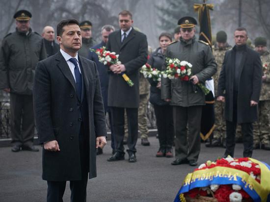 Синдром Зеленского в Освенциме: президент Украины сдался радикалам