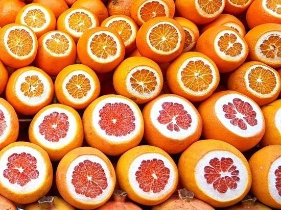 Диетолог опровергла миф, что грейпфрут сжигает жир