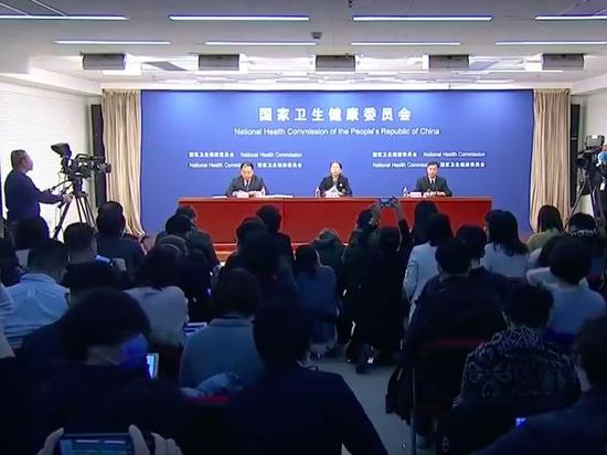 Коронавирус распространился на весь Китай