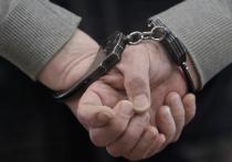 Оперативника транспортной полиции подозревают в том, что он снабжал наркотиками жителей Одинцовского района