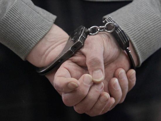 Подробности задержания полицейского с Белорусского вокзала: прятал наркотики в земле