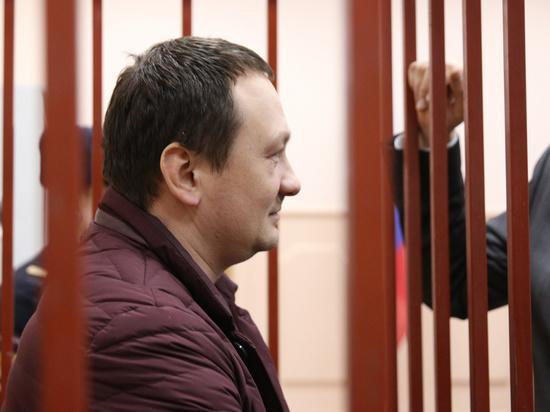 Экс-оперативник по делу Голунова пожаловался, что его не кормят