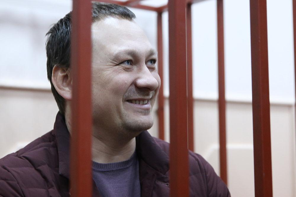 Для задержанных по делу Голунова полицейских выдумали сказочный мотив преступления