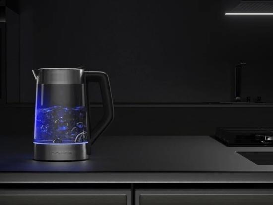 Тихий чайник Polaris PWK 1702CGL с технологией верхнего залива воды WaterWayPro