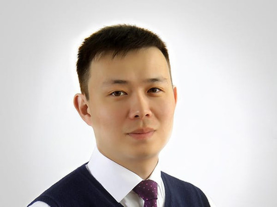 Калмык Эрдни Чавлинов стал заслуженным артистом Татарстана