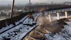 Эпичное обрушение комплекса