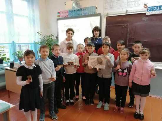Дети Калмыкии вкусили блокадного хлеба