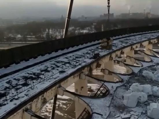 Спортивный комплекс в Петербурге превратился в Колизей