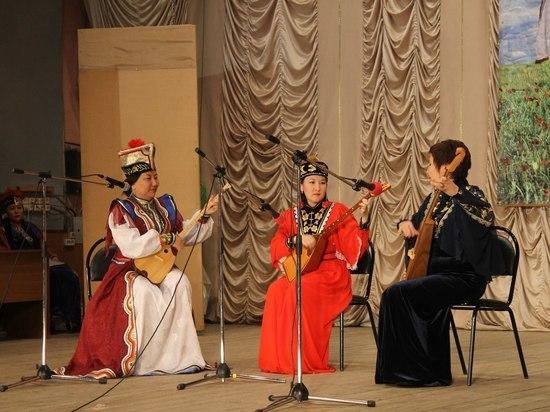Калмыцкая столица готовится к фестивалю родного языка