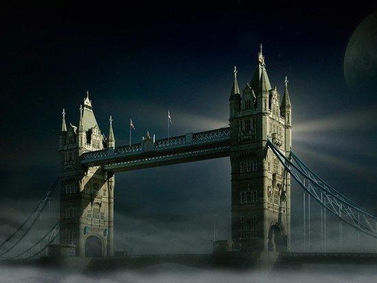 В Лондоне прохожий устроил теракт
