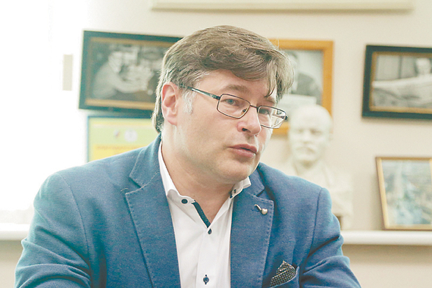 Новое правительство: «Нулевой политический вес иогромный административный ресурс»