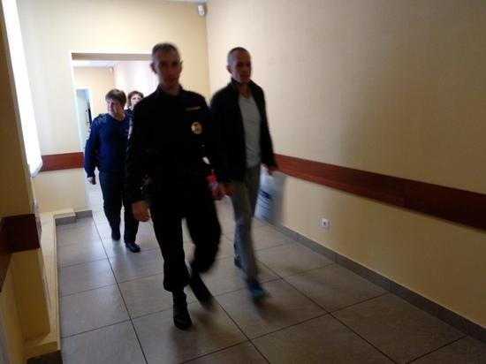 Экс-мэр Кимр Максим Литвинов попросил 40 часов для знакомства с материалами дела
