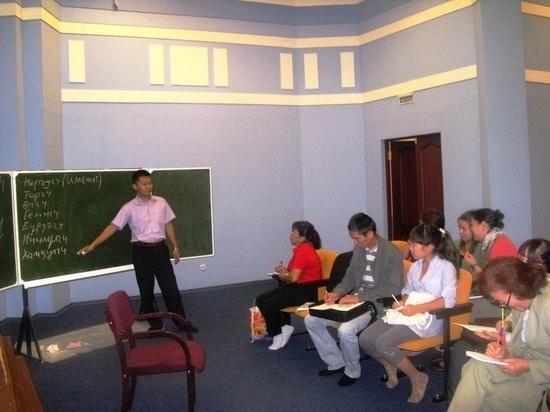 В калмыцкой столице пройдут бесплатные курсы по родному языку