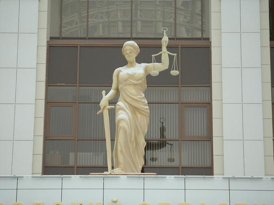 Экс-судебный пристав в Нижнем незаконно снял арест с имущества