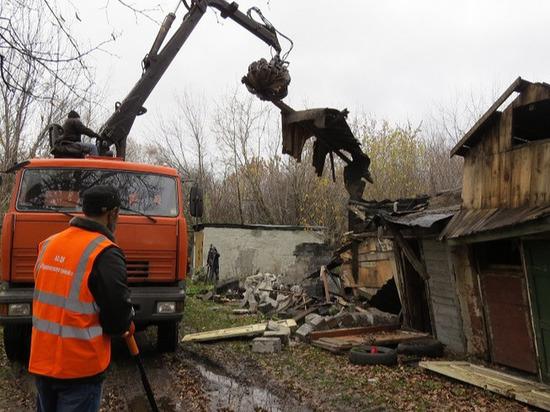 Работа по сносу сараев усилена в Нижнем Новгороде